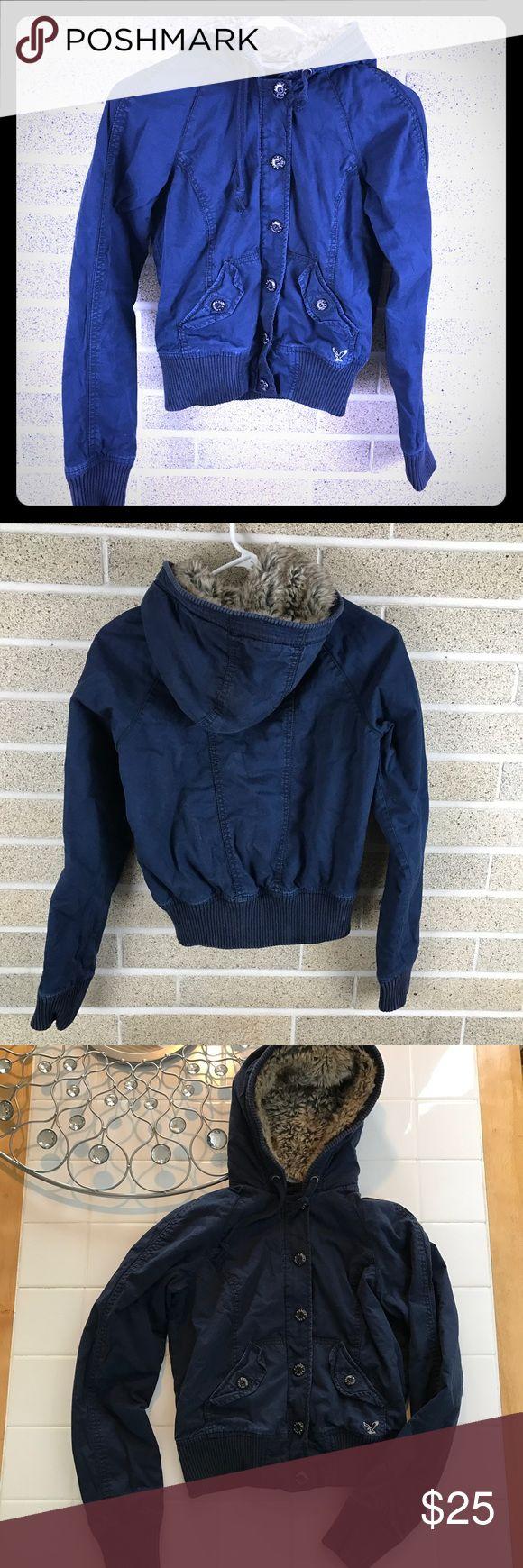 American Eagle XS fur hood crop coat AMERICAN EAGLE FAUX FUR HOODED JACKET Full Zipper Size XS Crop American Eagle Outfitters Jackets & Coats
