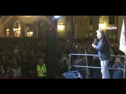 VIDEO INTEGRALE Grillo a Tortona #VinciamoNoi Tour