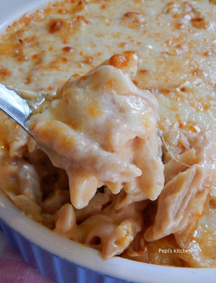 Σουφλέ Μακαρόνια με Μετσοβόνε και Μπύρα http://www.pepiskitchen.blogspot.gr/2014/12/soufle-makaronia-me-metsovone-kai-byra.html