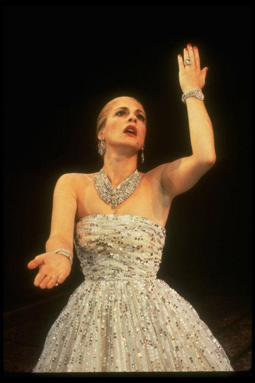 Patti LuPone as Eva Perón in Evita (1980) (photo by Martha Swope)
