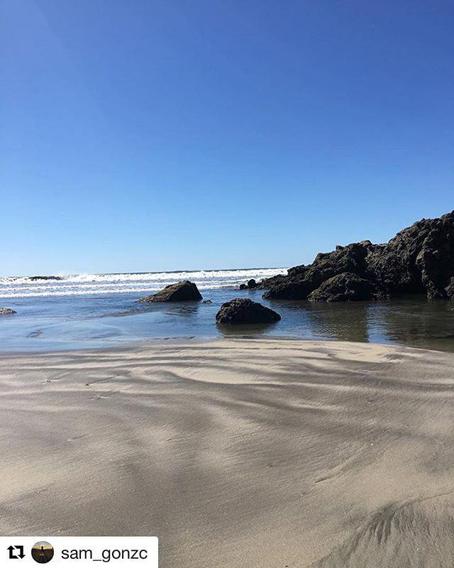 #Repost @sam_gonzc with @repostapp ・・・ El que nada constantemente en el mar ama la tierra firme 🌊🌎🕊 🇸🇻 ------------------------------------------------------------- #playasnegras #conchagua #launion #elsalvador #elsalvadorgram #elsalvadorgopro #elsalvadortravel #elsalvadorbloggers #elsalvadorimpressive #elsalvadorimpresionante #beach #beachlife #beachlover #summer #vacation #mipais #salvadoreños #guanaco #sky #ocean #nature #pacificocean #pacificbeach #waves #sandy #rocks #beachlovers…