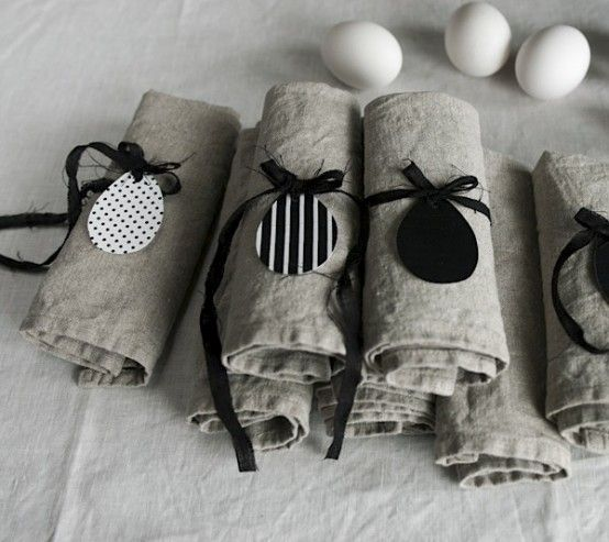Black and white with naturals can be playful and powerful. Easter In Scandinavian Style: 45 Natural Ideas | DigsDigs