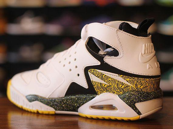 Nike Air Tech Challenge Huarache - Release Date - SneakerNews.com