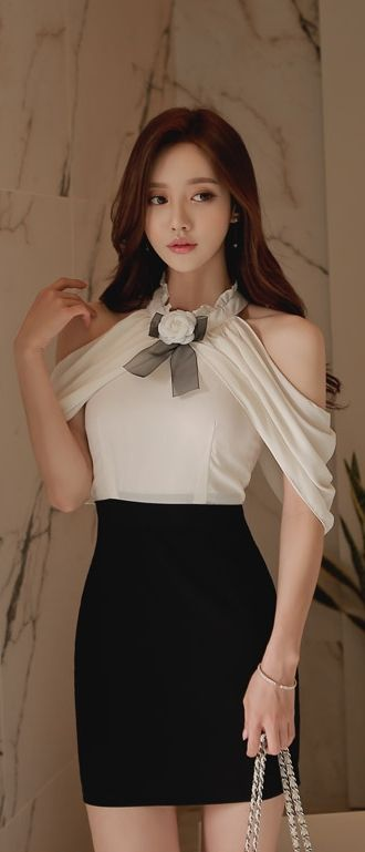 I love this blouse!!!