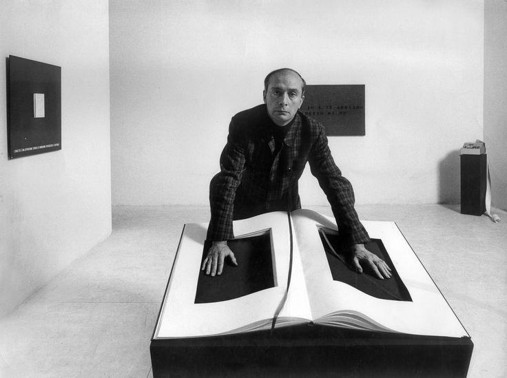 Ugo Mulas, Vincenzo Agnetti, 1969