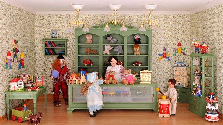 NEU: Bausatz-Set - Spielzeugladen - inklusive Lackspray in Reseda-Grün!