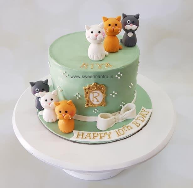 Pleasant Cats Theme Customised Fondant Cake For Pet Loving Girls Birthday Funny Birthday Cards Online Ioscodamsfinfo