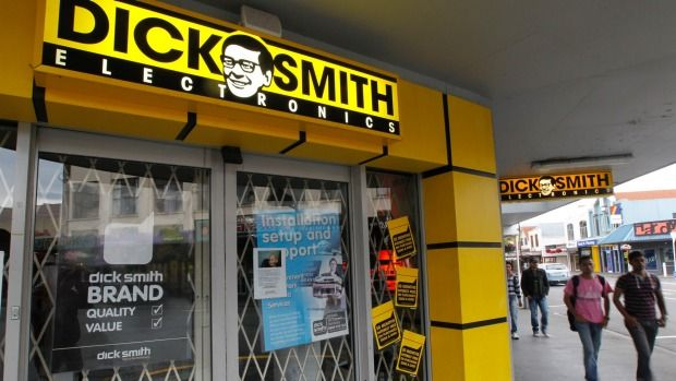 The collapse of Australia's biggest electronics retailer on Tuesday, just two years after listing, has sparked a fresh round of criticism about the swift and often mysterious methods that private equity firms use to prime their investments for sale.  The demise of Dick Smith Electronics Ltd is part of a broader pattern: buyout firms cutting the time they spend turning their investments around and leaving the newly public companies poorly placed to weather urbulence.Australia's biggest depart