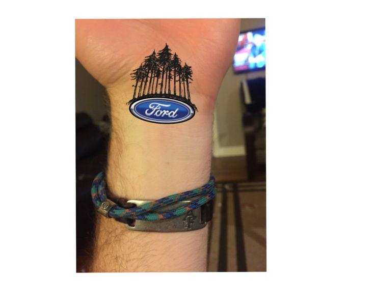 Admirez cet époustouflant tatouage Ford. Personalisez le vôtre au moyen de l'outil d'engrage Ford.