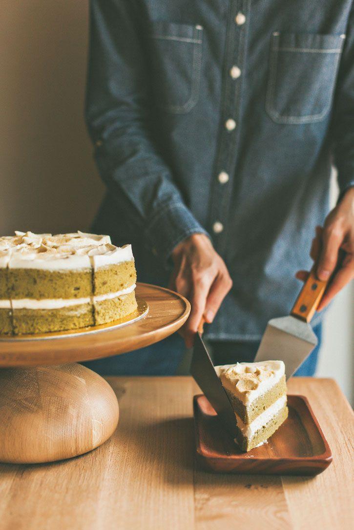 Fresh baked cakes are the best. Japanese Matcha Chiffon with White Chocolate.  sundayfolks.com