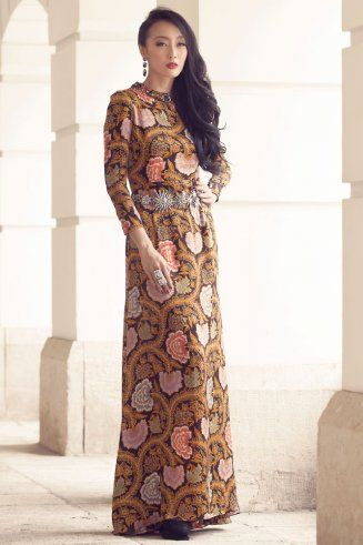 Iwan Tirta, a legend of Indonesian batik designer #indonesia #batik #traditonal