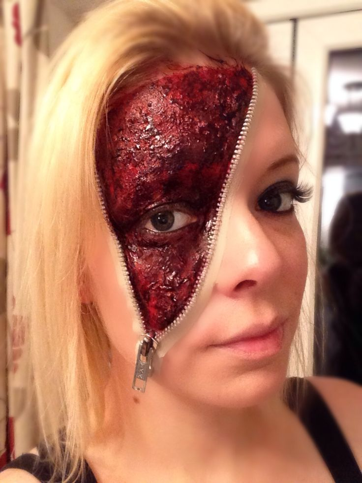Halloween zipper face make up