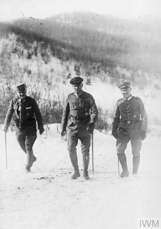 WWI, Roumania; German General Erich von Falkenhayn on his way to the front line, accompanied by an Austro-Hungarian officer and his Chief of Staff, Col. Hans Hesse. ©IWM Q 24008