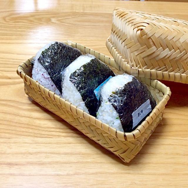 梅 鮭 昆布 - 19件のもぐもぐ - おにぎり by noriponhiropon