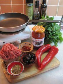 Snabb köttfärsröra med paprika och oliver