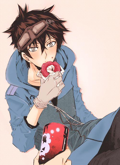 Gareki, Karneval - ...is that a strawberry doughnut??? I want one!