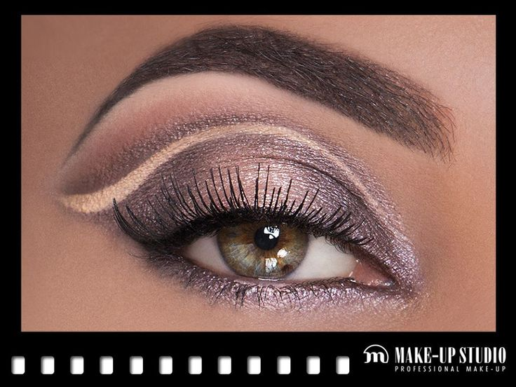 Beautiful sparkling eye look created with the Lumière eyeshadow colours! MUA Keshia from Make-up Studio Amsterdam. Get it here: http://www.make-upstudio.nl/make-up/ogen/oogschaduw/eyeshadow-lumiere/eyeshadow-lumiere