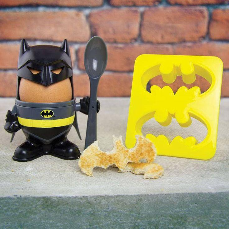 Batman lágytojástartó és kenyérvágó szett