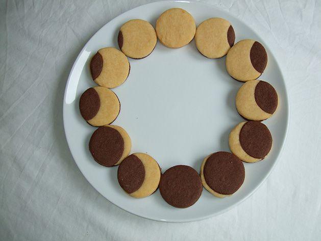 Astrobaking: US eclipse cookies | BBC Sky at Night Magazine
