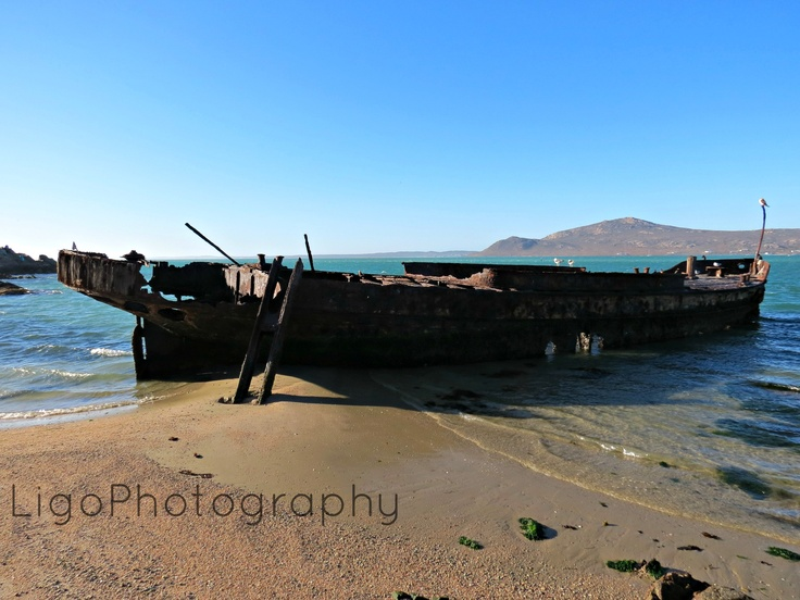 shipwreck http://fromliritawithlove.wordpress.com/#