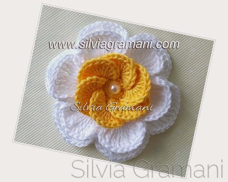 Silvia Gramani Crochê: Passo a Passo Flor de crochê Sobreposta - Segunda Parte