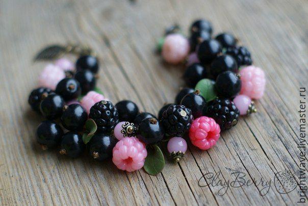 Купить Браслет с ягодами - разноцветный, синий, красный, ягодный браслет, малина, смородина, ежевика
