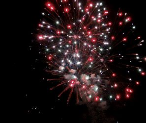 Have a great 4th of July! Created from http://www.youtube.com/watch?v=9ZZIsfU4uJU using http://vidgiffy.com Licensed under CC-Attribution by jhgkak #4thofjuly #gif #vidgiffy