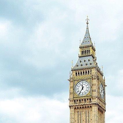 Een bezoek aan de Big Ben kan natuurlijk niet ontbreken als je op #citytrip gaat naar #London! #subway #subyourcity #instatravel