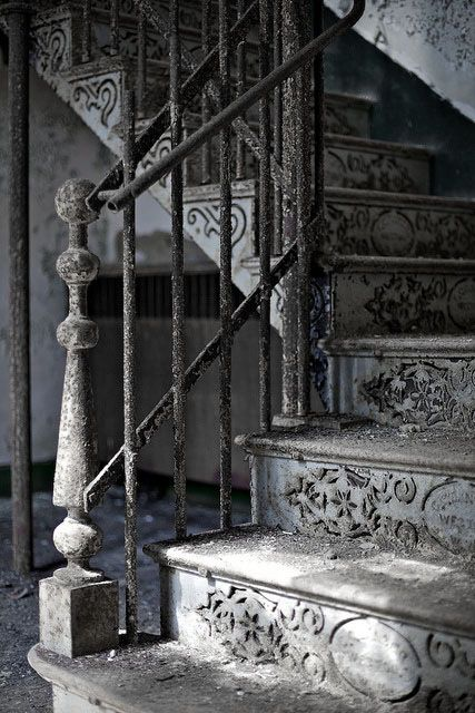 """♅ Dove Gray Home Decor ♅  old staircase Neat iron staircase at the abandoned Weston State Hospital in West Virginia. Love the detail!"""