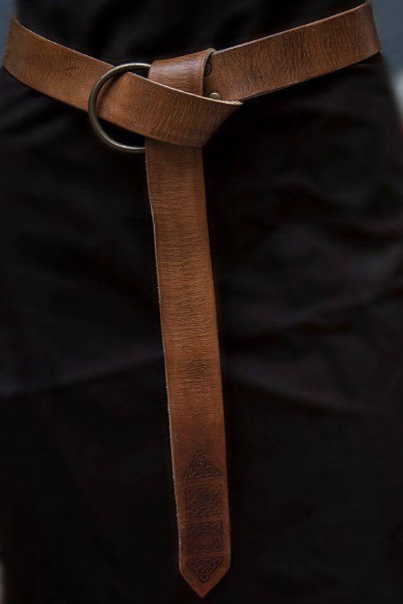 Leather belt. Medieval belt. Rol Larp by CamaraDelAlquimista
