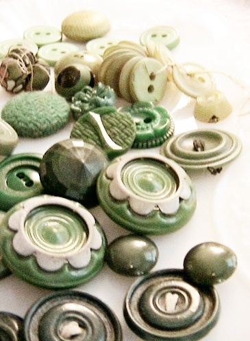 VIntage green and cream buttons love this color combination