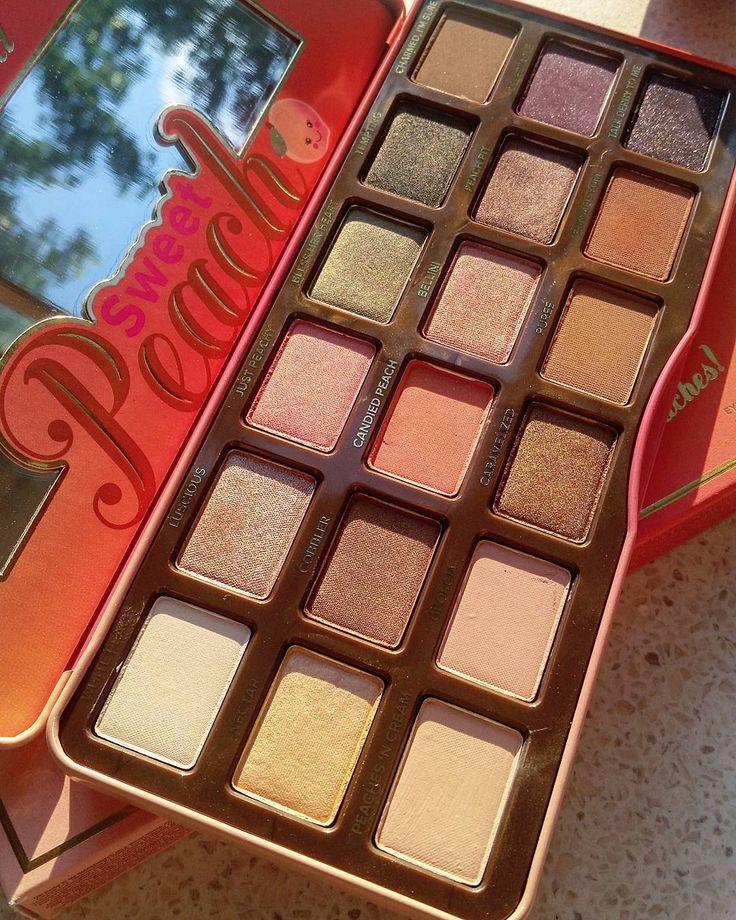 www.beautyandatwist.ro too faced sweet peach palette