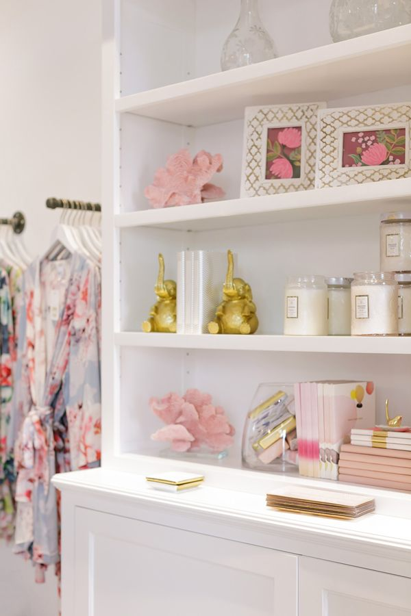 Breezy happiness, cozy comfort and easy-living, chic apparel, adornment and interiors. Featuring robes, bridal robes and bridesmaid robes.
