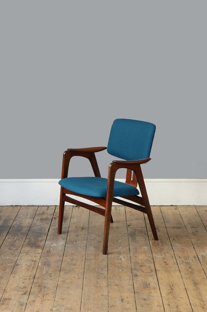 An exceptionally elegant occasional chair by Dutch design master, Cees Braakman, its beautiful succession of curves offset nicely by the sharp...