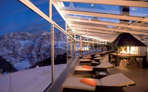 Chomping at the bit to hit the slopes? At this gorgeous spot, you'll be tempted to just relax and enjoy the view! Alpenroyal Grand Hotel in the Dolomites: heaven in the mountains... http://www.italytraveller.com/en/z/alpenroyal-grand-hotel #ItalyTraveller