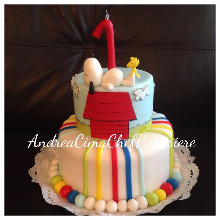 Snoopy cake ❤️❤️❤️