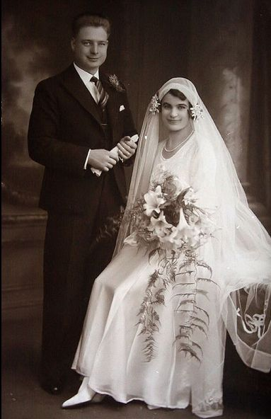 +~+~ Vintage Photograph ~+~+  Lovely, happy couple Beatrice & Bertrum on their wedding day. 1930