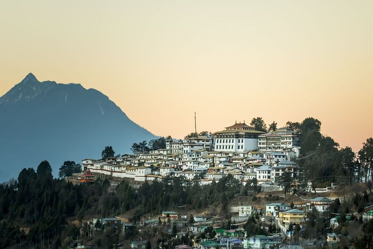 Tawang Monastery (Tibetan Buddhist) - Arunachal Pradesh - Wikipedia, the free encyclopedia