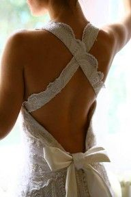 Backless wedding dress! Love the straps.: Wedding Dressses, Backless Dresses, Wedding Dresses, Criss Crosses, Crisscross, The Dresses, Open Back, Back Details