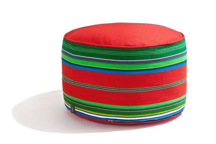 Pufa wełniana folk 60cm czerwona / FOLKA #ladnerzeczy #targirzeczyladnych #ladnerzeczydziejasiewinternecie #polishdesign #design #folk #pufa