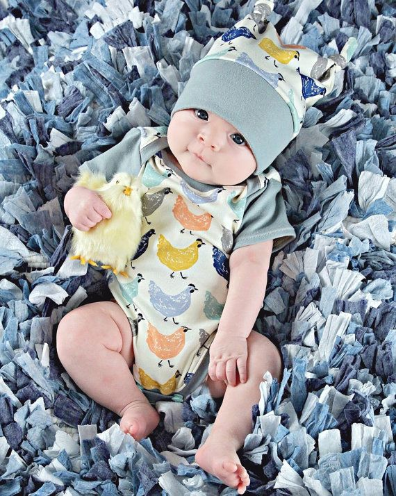 organic baby clothes, coming home outfit, bodysuit & hat set, organic onesie, onesie, Easter, bodysuit, baby clothes, newborn baby, chickens