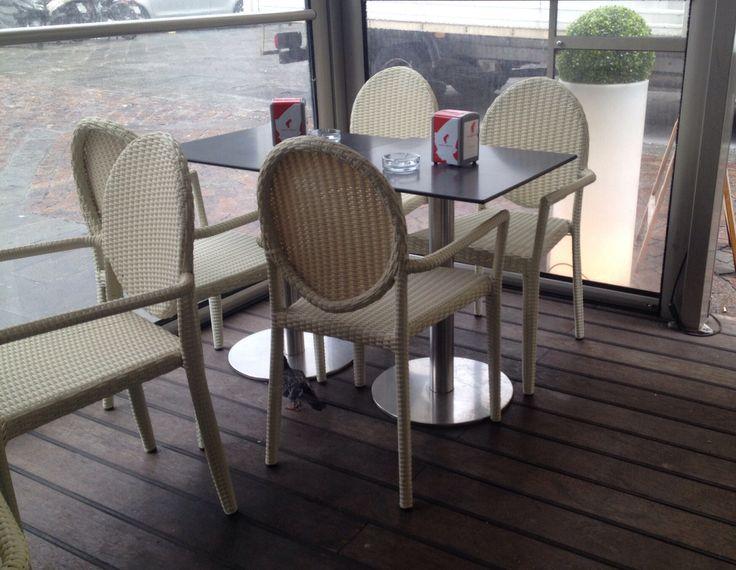 Sedie ghost ~ Oltre fantastiche idee su sedia ghost su sedia new