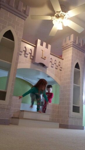 Diy Castle Bed Treehouses Playhouses Forts Castle Bed