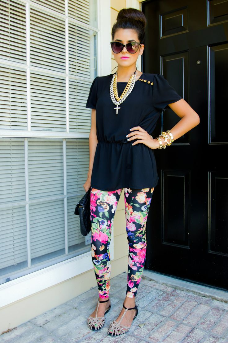 Floral Gone Wild: Black Top, Fashion, Urban Outfitters, Summer Outfit, Cat Eyes, Style, Floral Leggings, Casual