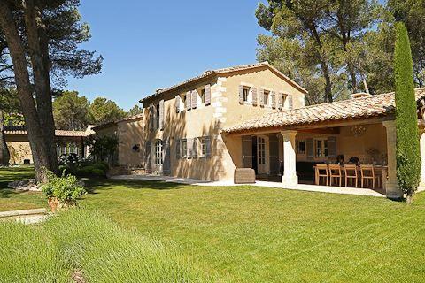 Emotional Escapes - Jardin d'Aurelia - Provence Wedding Villa #weddingvenue