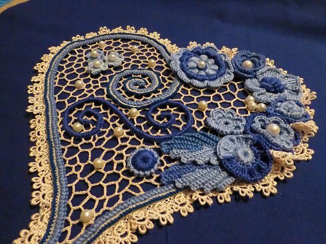 Ravelry: Flower Heart pattern by Larisa Chilton