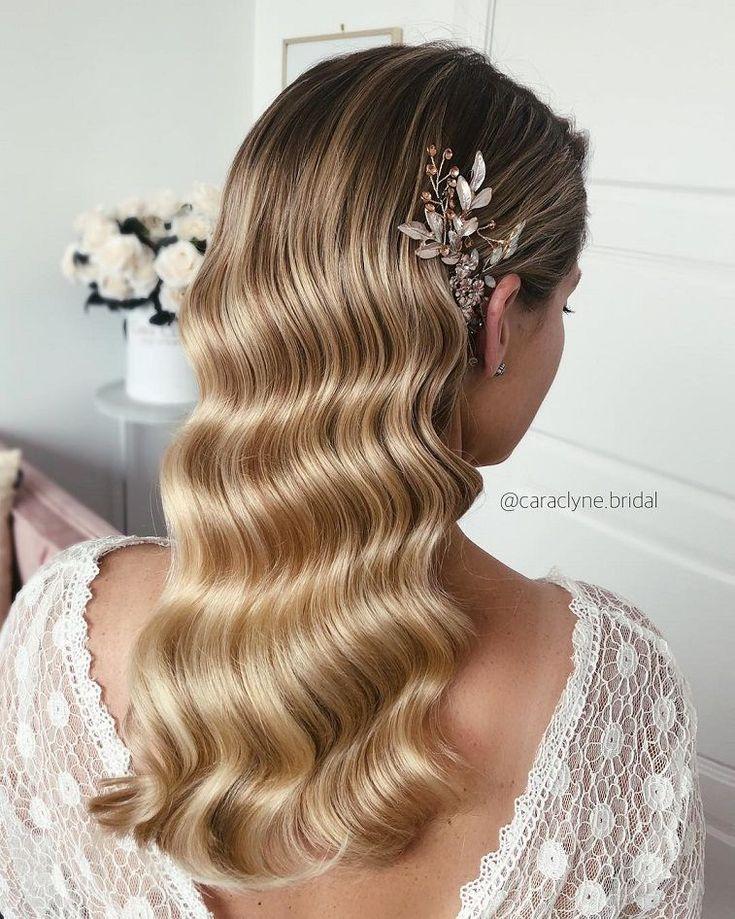 Gorgeous Wedding Hairstyles For the Elegant Bride   bridal updo hairstyles #weddinghair #weddingupdo #weddinghairstyle #weddinginspiration #bridalupdo