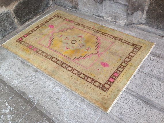 1960s Rug Carpet // 5x4 ft // Muted Color Area Rug // Home