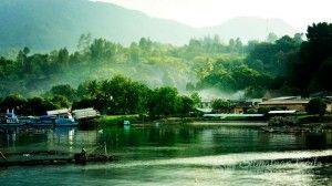 toba-lake-at-morning2-_north-sumatra_sumatran-trails-001