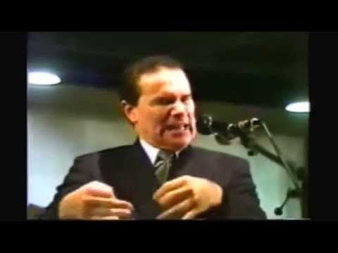 Provas Científicas da Existência de Deus e de seu Amor - Divaldo Franco - YouTube